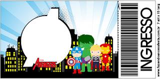 Tarjeta con forma de Ticket de Los Vengadores Chibi.