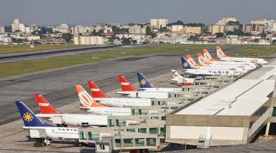 Aeroporto de Congonhas em SP no meio da cidade