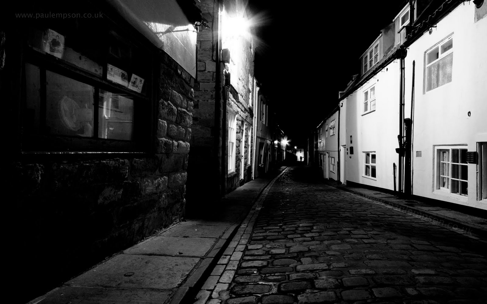 Picture Of A City Street At Night Free Download Wallpaper