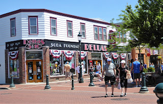 Della's Five and Dime