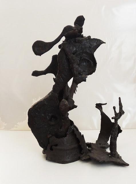 Àngels Freixanet escultura informalista de hierro