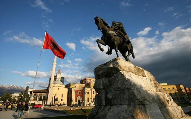 """Η ανθελληνική προπαγάνδα Αλβανών """"ιστορικών"""" για τους Αρβανίτες"""