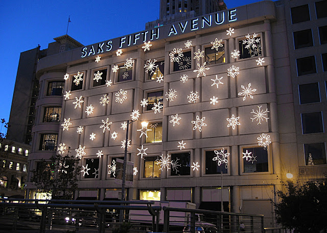 Loja de departamento Saks Fifth Avenue em San Francisco