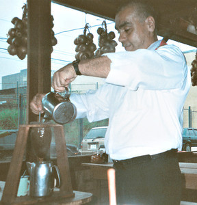 Image Result For What Is The Best Way To Clean A Coffee Makera