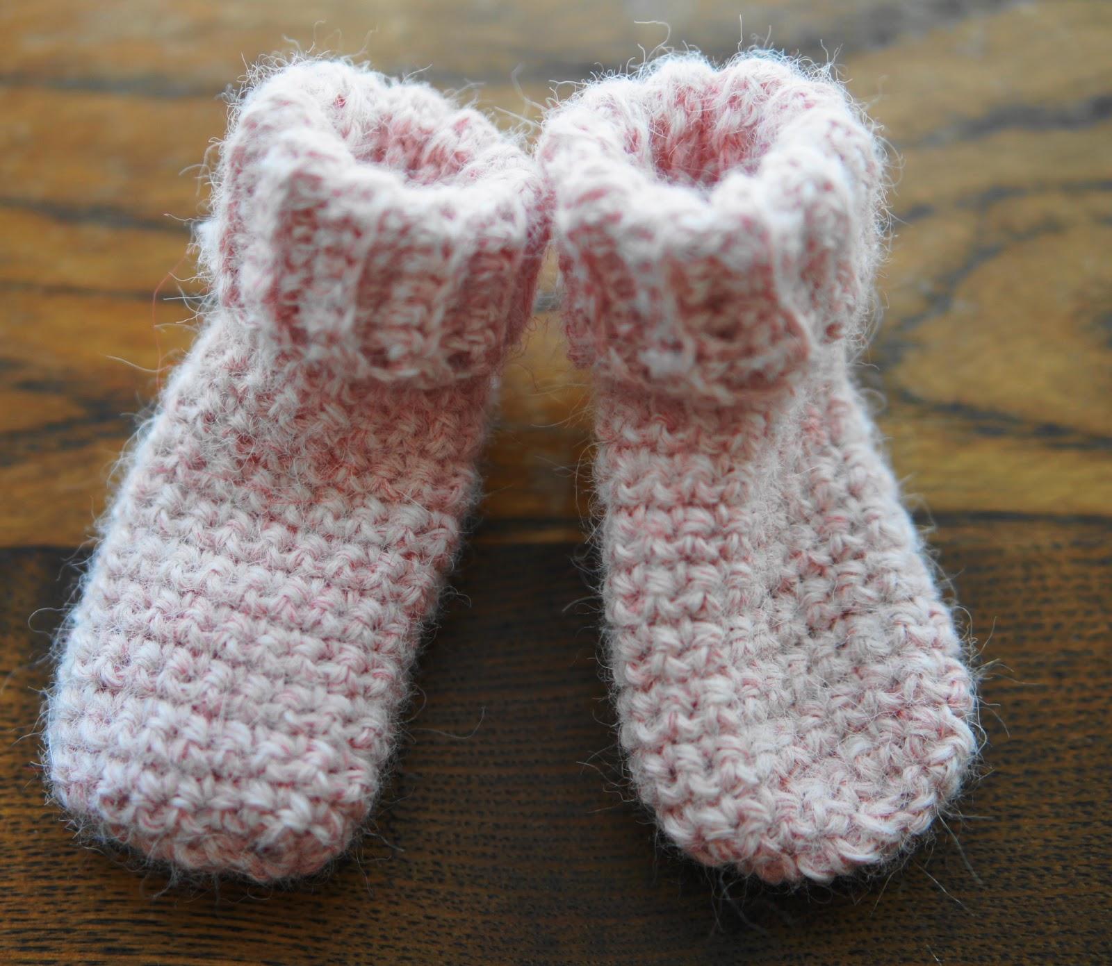 Ball Hank N Skein Newborn Baby Sock Crochet Pattern