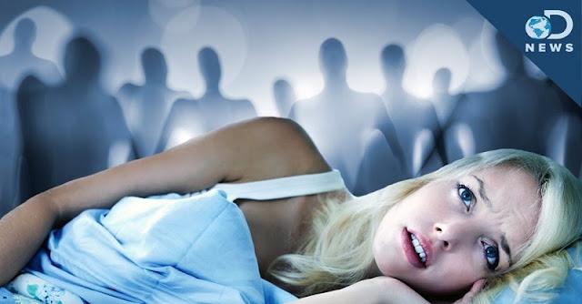 Υπνική παράλυση: Όλα όσα πρέπει να ξέρετε για να μην… τρόμαζετε