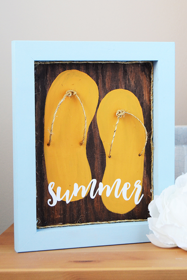 fun Summer flip flops sign