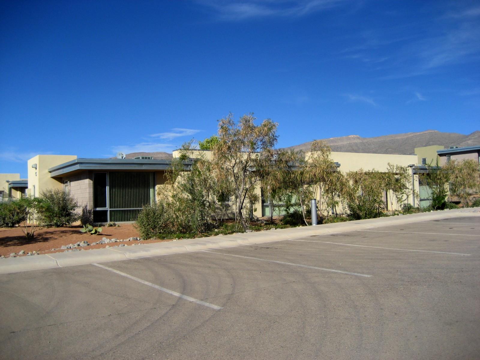 Living Rootless: New Mexico: Architecture 1: Alamogordo ...