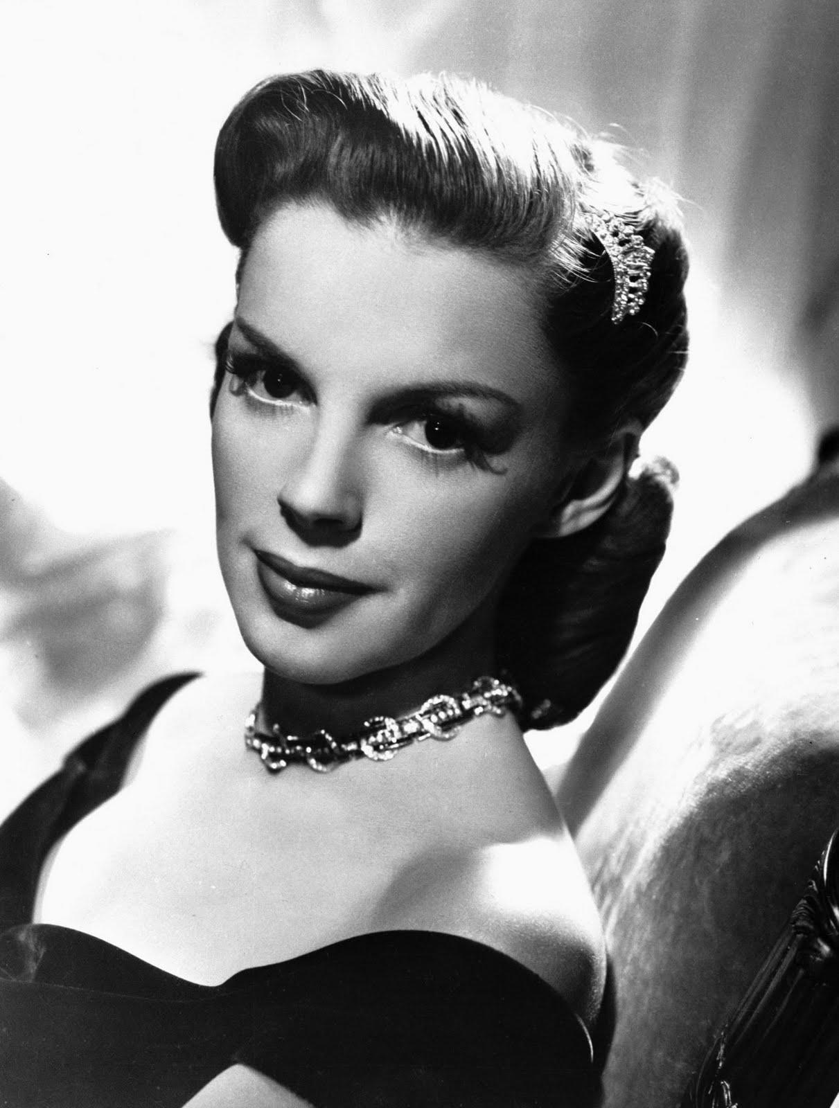 Dazzling Divas: Judy Garland