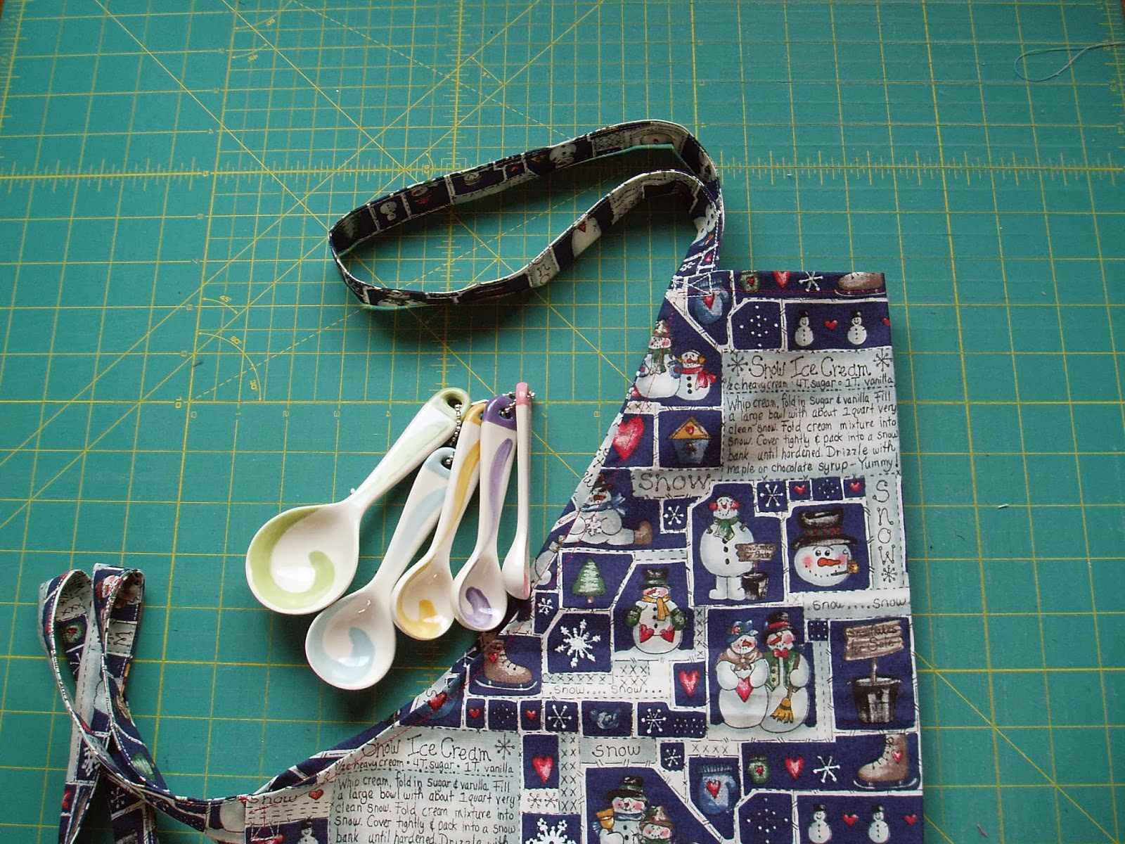 http://sunshineintheattic.blogspot.com/2014/01/joining-in-handmade-christmas-challenge.html