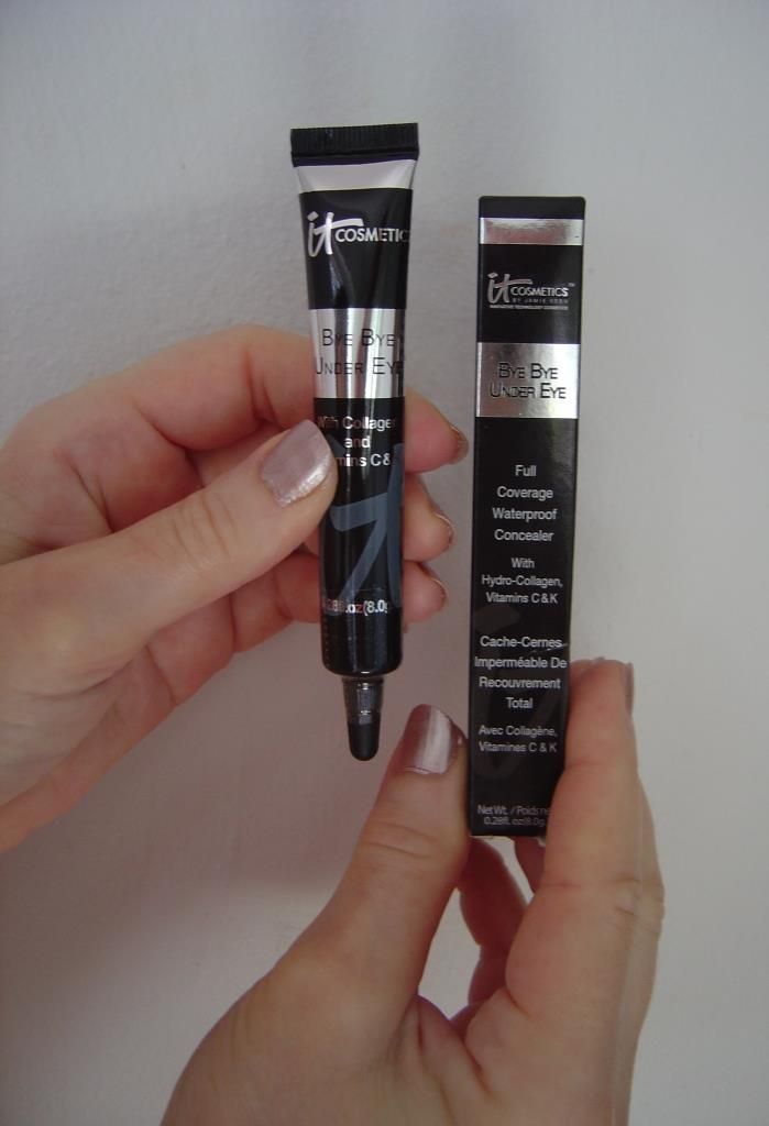 IT Cosmetics Bye Bye Under Eye concealer.jpeg