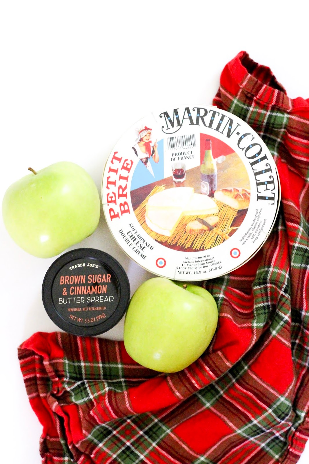 Trader Joe's Baked Bacon Apple Walnut Brie