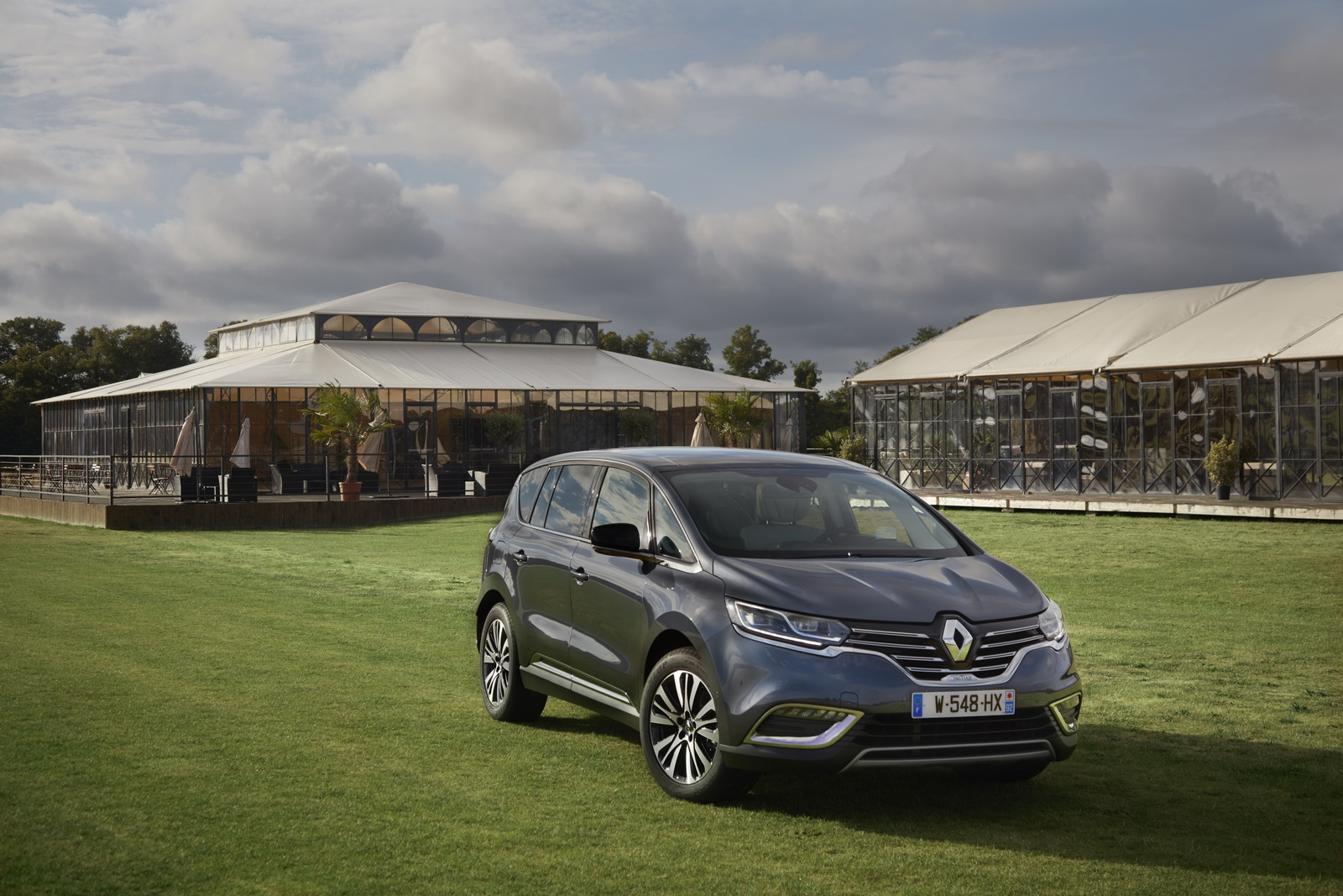 renault launches 2017 espace with alpine s turbo engine 71 pics. Black Bedroom Furniture Sets. Home Design Ideas