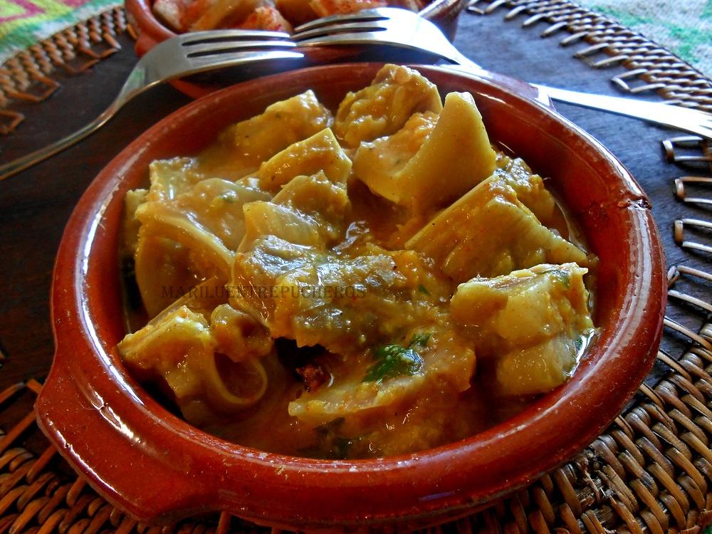 Maril entre pucheros oreja de cerdo a la gallega y en salsa for Cocinar oreja de cerdo