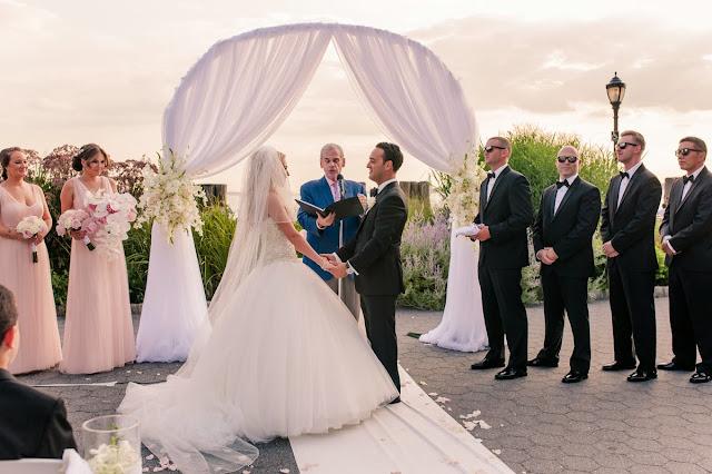 wedding photo package, wedding photo ideas, budget wedding photography, cheap wedding photography, unique wedding photography, wedding photography tips, wedding photography prices, wedding photography pricing, creative wedding photography,