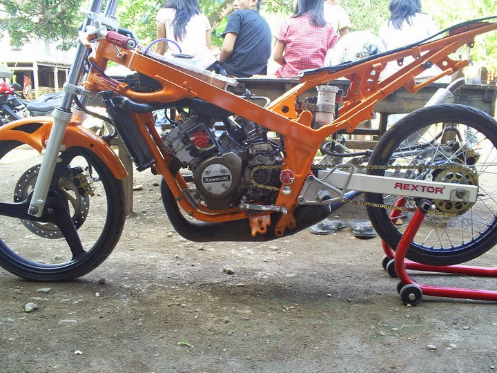 Foto Modifikasi Motor Ninja 4 Tak Drag Version Terbaru ...