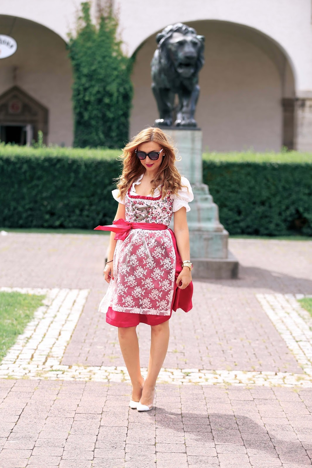 fashionstylebyjohanna-fashionblog-frankfurt-styleblog-frankfurt-blogger-deutschland-fashionblogger-bloggerdeutschland-lifestyleblog-modeblog-germanblogger-dirndl-inspiration