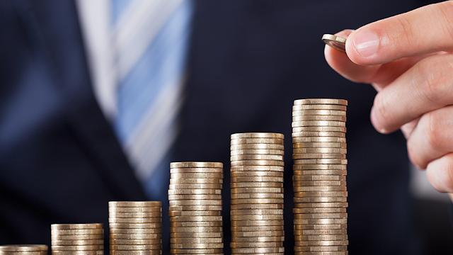 Banxico advierte del riesgo de recorte en calificación crediticia