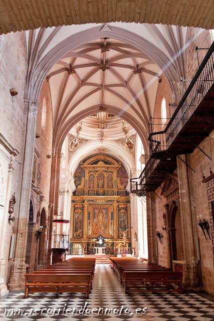 interior parroquia S. Mateo, Baños de la Encina