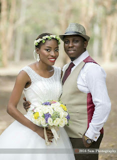 Olamide  of La Heiress weddings and her husband had their wedding at the Botanical garden