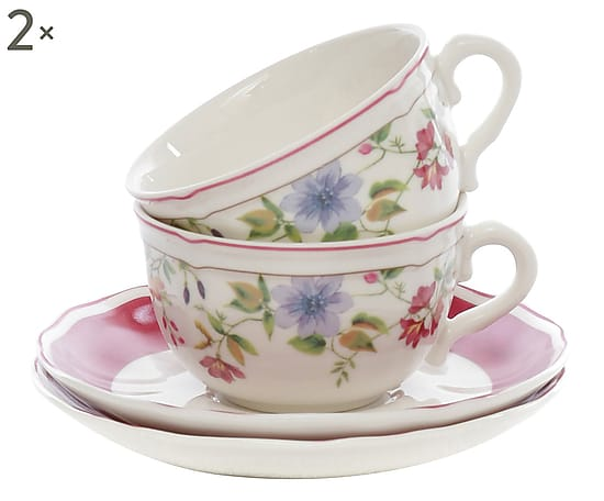 tazze con fiori romantiche