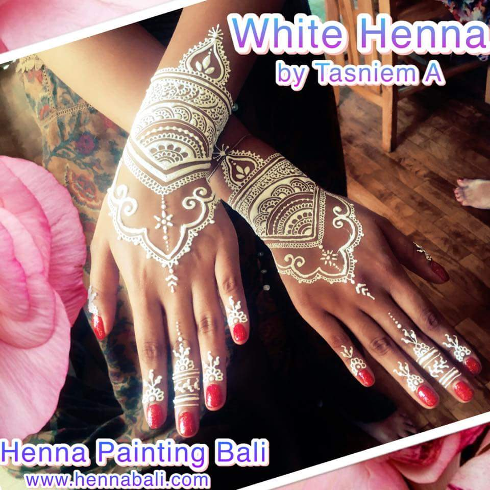 Henna Painting In Bali