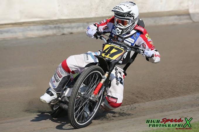 Long Track GP Forssa:A világbajnoki címvédő de Jong nyert.