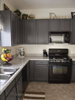 Kitchen+Designs+With+Black+Appliances-Dark+Gray+Painted+Cabinets