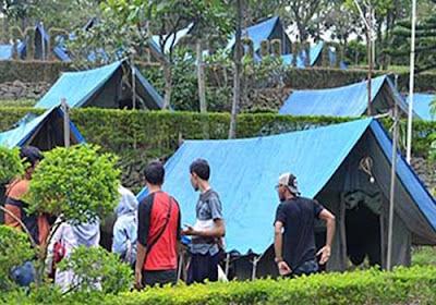 tenda-blog-camp-di-d-emmerick-hotel-salatiga