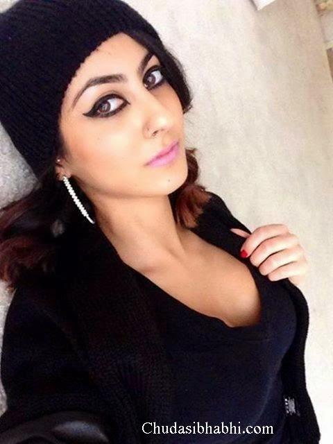 Indian Hot Girls Sexy Image  Bhabhi Aur Didi Ki Chudai Kahani-4151