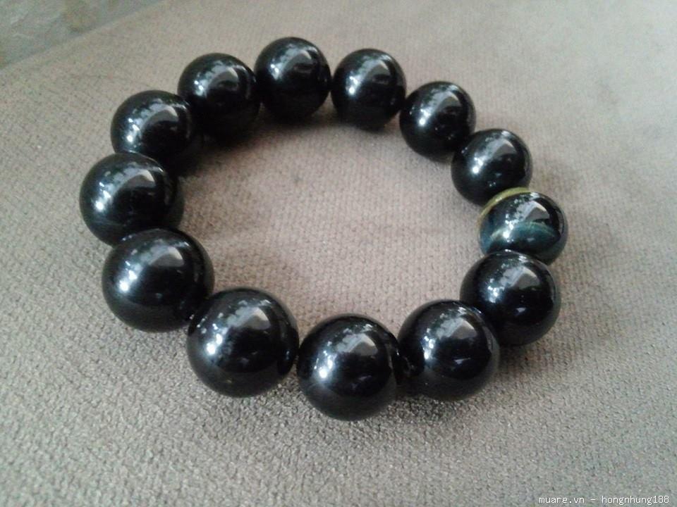 Vòng tay đá tự nhiên màu đen