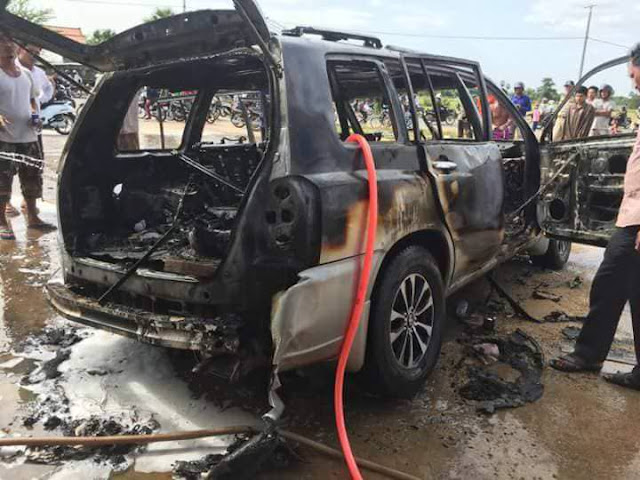 Man catches fire while smoking at a gas station (photos)