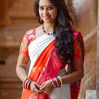 13402671 667675230053848 997108593 n - Actress Sri Divya's Hot & Spicy Images In Saree|Top 25-Spicy Photos|decide to go NO Glamour in Her Movies