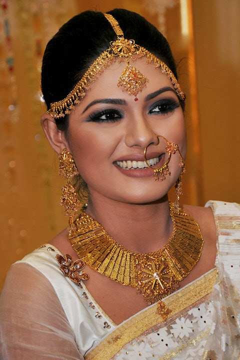 Nusrat Imroz Tisha Bd Model Hot  Sexy Wallpaper Picture -2175