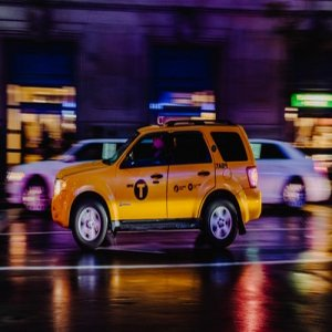 HOw build money with TAXI service for travel airport