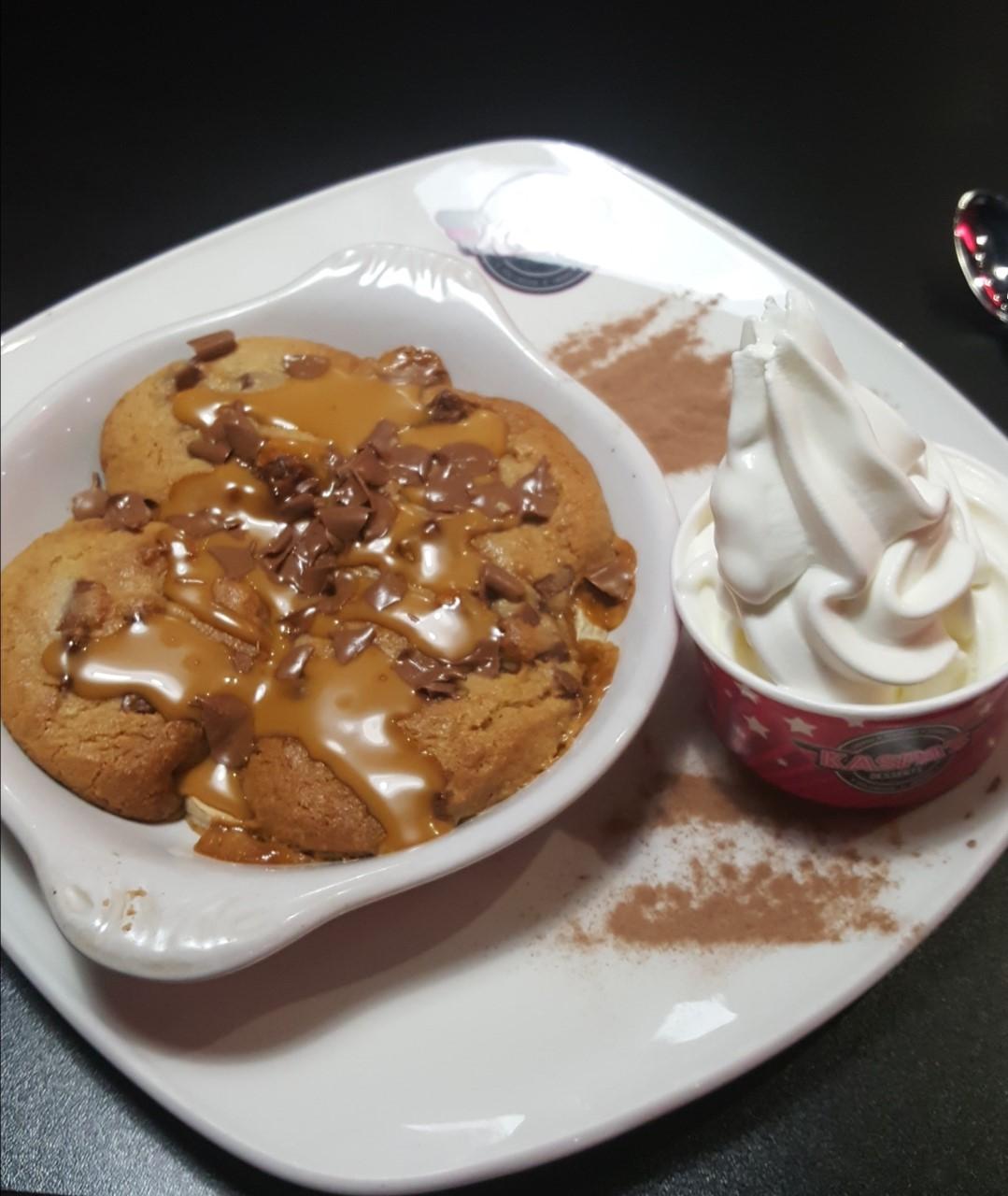 Trust Me Treats: Kaspa's UK Banoffee Cookie Dough review