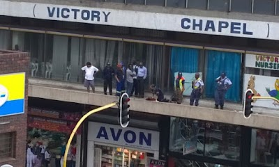 Lady dies after jumping off 23-storey building