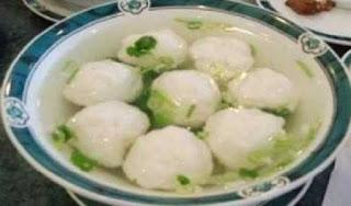 Makanan Khas Indonesia bakso - bakso IKAN