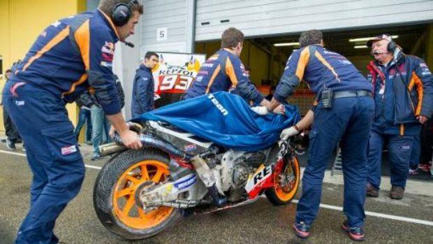 Marquez Menang Menggunakan Motor Yang Hancur, dan Disusun Kembali