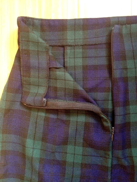 Diary of a Chain Stitcher: Tartan Ultimate Pencil Skirt from Sew Over It
