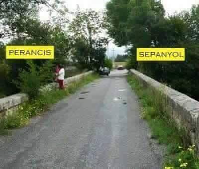Perancis & Sepanyol World's Amazing Border Lines