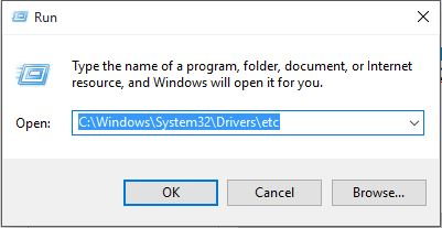 Vào folder của file hosts bằng hộp thoại Run
