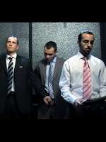 [2227] Public in the elevator