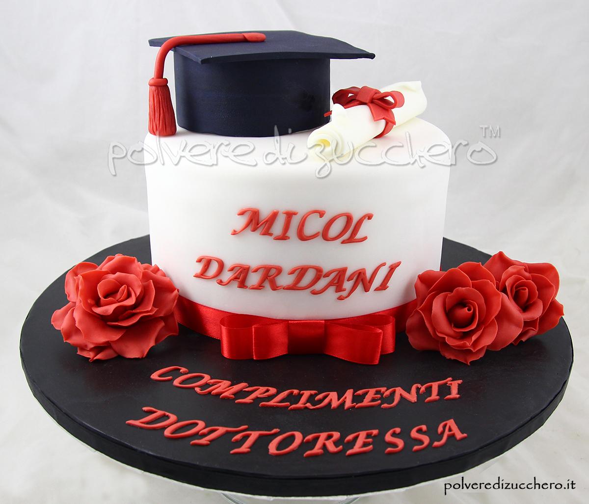 torta laurea cake design toco pergamena rose pasta di zucchero laurea dottoressa polvere di zucchero