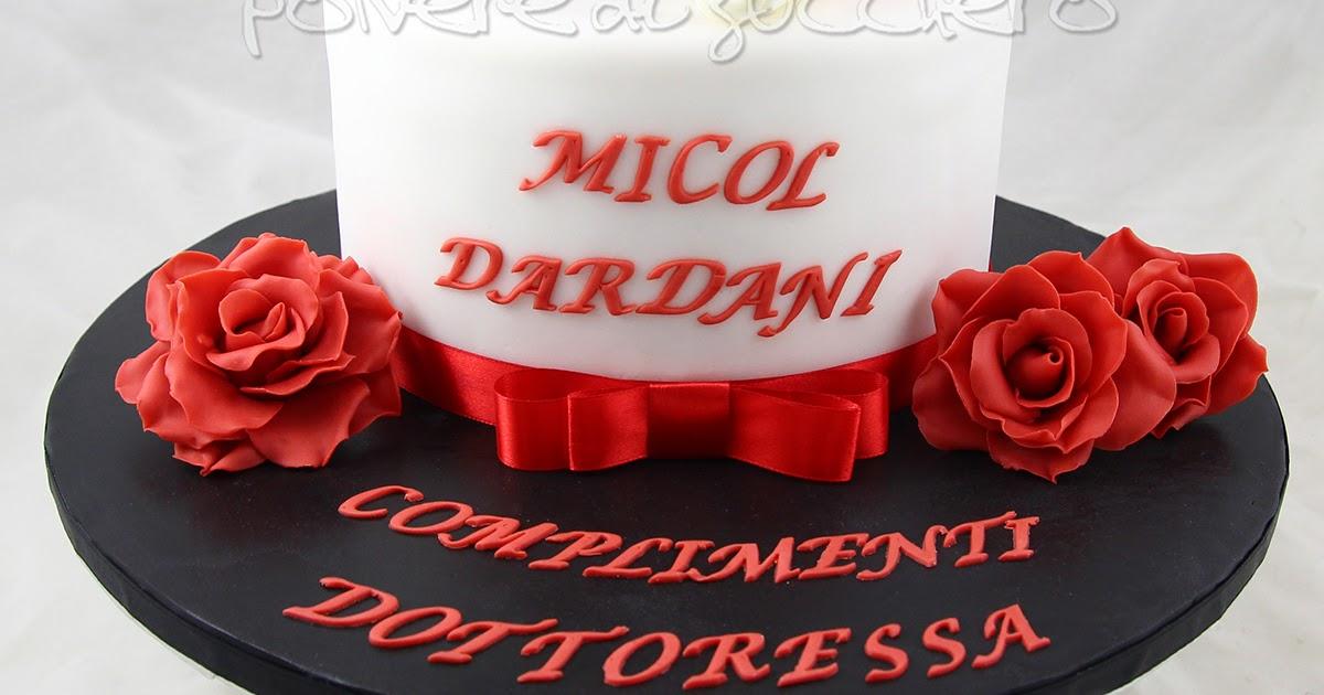 Cake Design Torte Milano : Torta di laurea per una dottoressa con toco, pergamena e ...