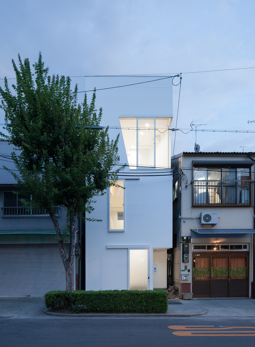 Casa en tamatsu ido kenji arquitectura y dise o los for Arquitectura y diseno de casas