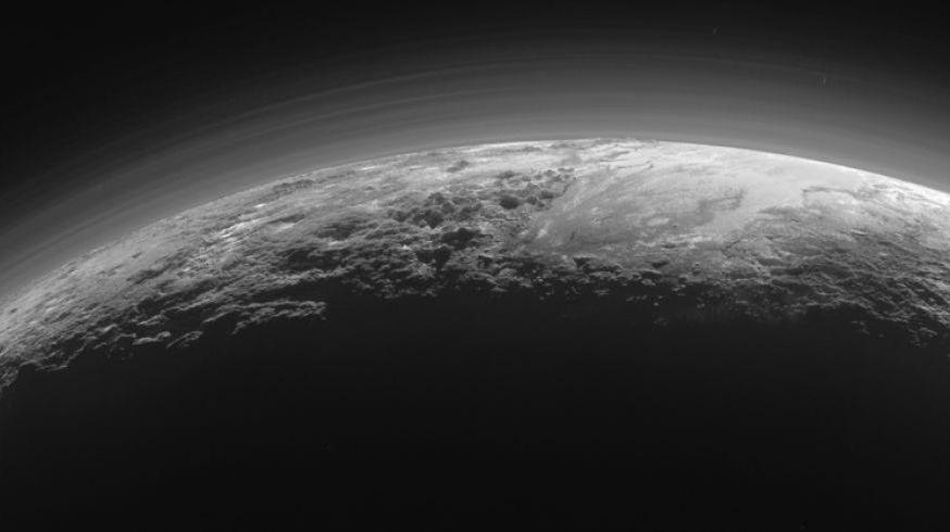 Ultime Foto e Video incredibili dal pianeta Plutone da rimanere a bocca aperta