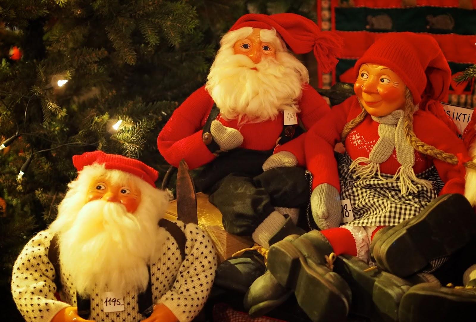 25c391b0 På julehusets egen hjemmeside står det: