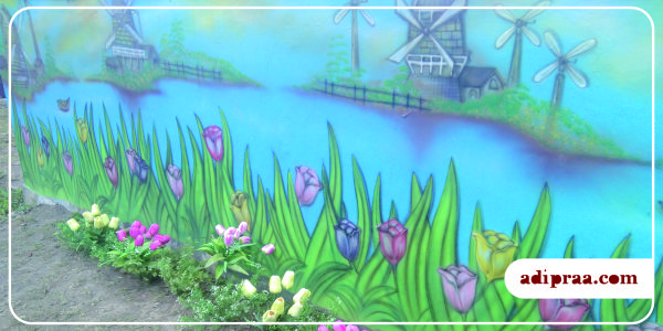 Mural gambar kincir angin dan bunga tulip | adipraa.com