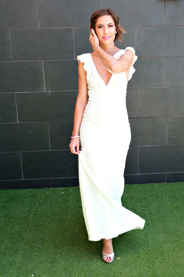 Fitness And Chicness-Top Queens Bridal White Maxidress-8
